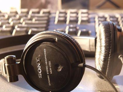 brak dzwieku w glosnikach 420x315 Nie słychać nic przez głośniki lub słuchawki   naprawiamy problem z brakiem głosu w głośnikach.