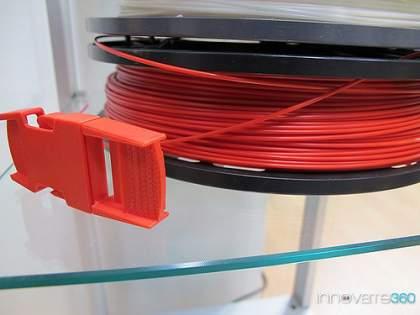 plastyk do drukarki 3d 420x315 Co to jest drukarka 3D   zobacz trójwymiarową drukarkę w akcji ! Wydrukuj trójwymiarowe przedmioty w domu   drukarki 3D.