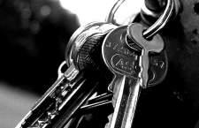 Jak sprawdzić klucz do Windowsa ? Odczytywanie klucza do systemu Windows.