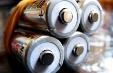 Wymiana baterii w laptopie – regenerowana, lub nowa. Jaką baterię kupić do laptopa?