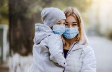 Idzie zima. Czy warto już teraz kupić oczyszczacz powietrza?